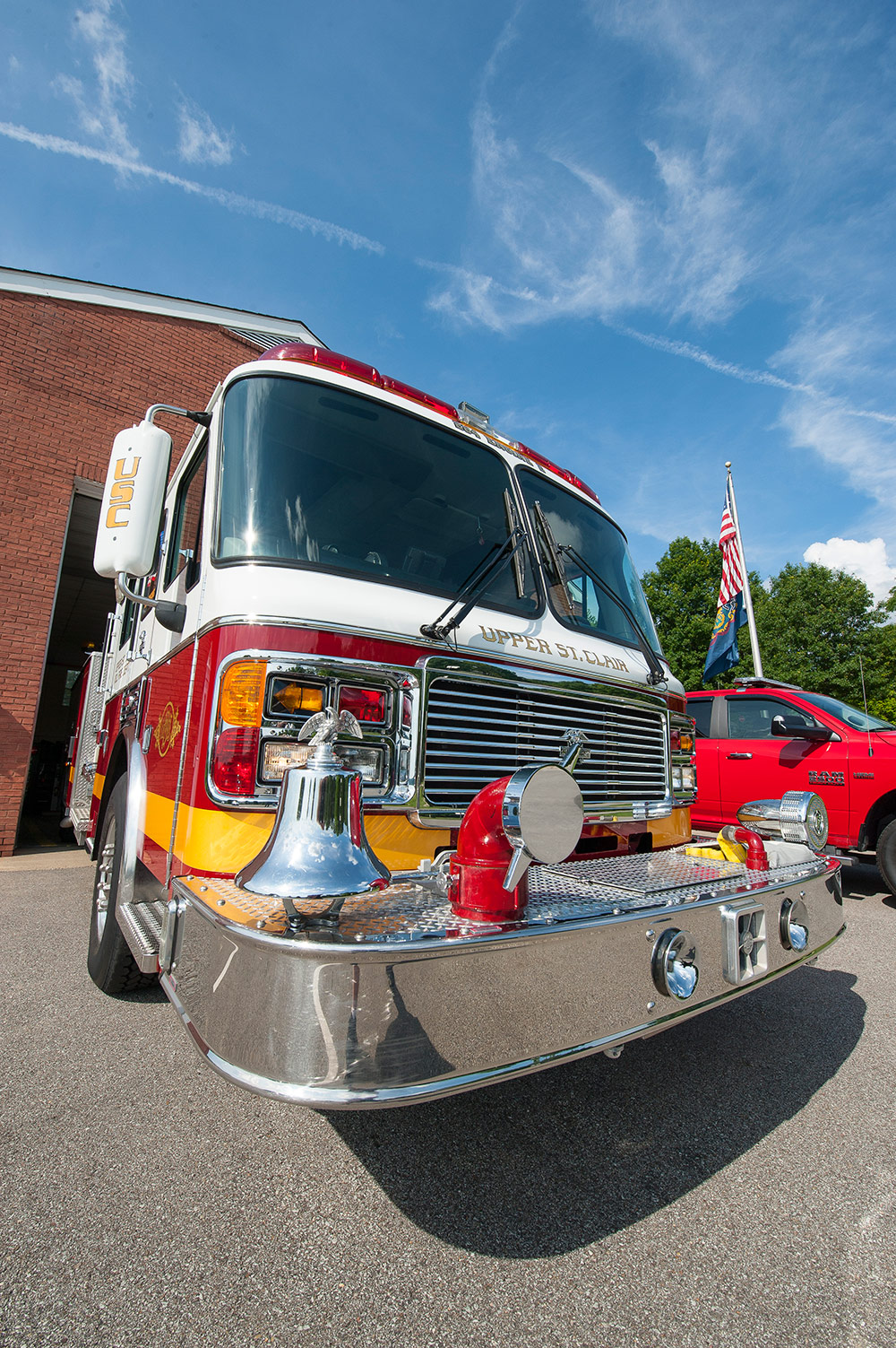 USCVFD 284 Engine 2 Front View